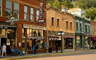 BetMGM is set to offer sports betting in Deadwood, S. Dakota, after forming a partnership with Liv Hospitality