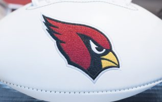 The Week 4 matchup between the Arizona Cardinals and the Los Angeles Rams can help bring clarity to the NFL season, according to TheLines.